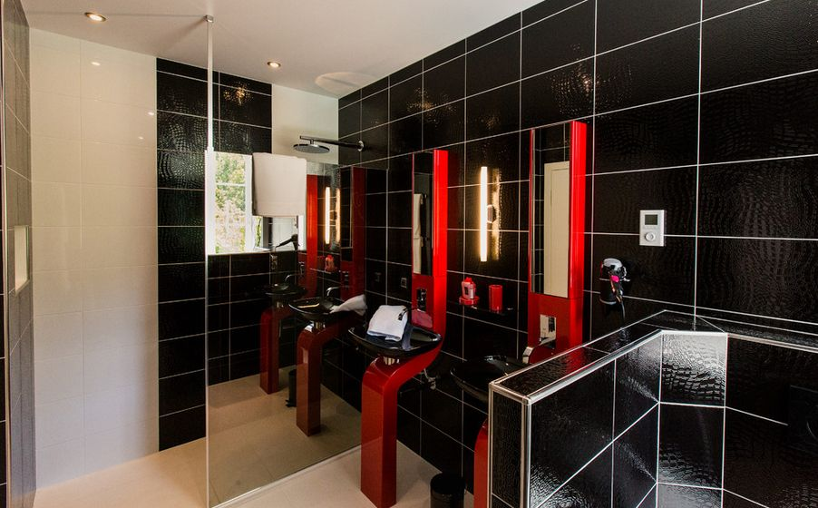 Excellent Modern Bathrooms With 3 Colors Tiled Light Gray  Black And Red A Nice