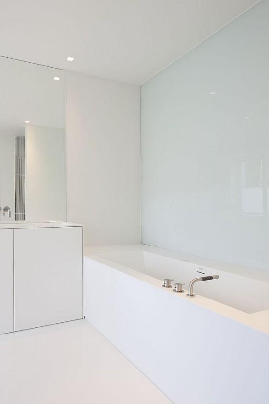 Beyaz Banyo Modeli