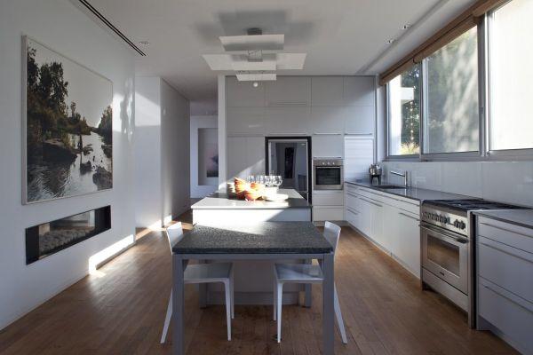 Parlak Beyaz Mutfak Modelleri